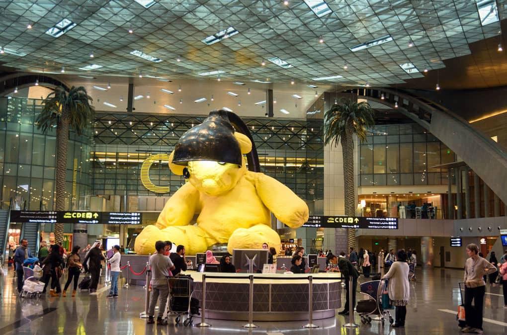 Картинки по запросу 12 самых необычных аэропортов мира в которых стоит побывать