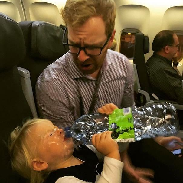 """""""9 часов полета в Будапешт. Ничего страшного, ведь мы умеем следить за ребенком в поездках"""""""