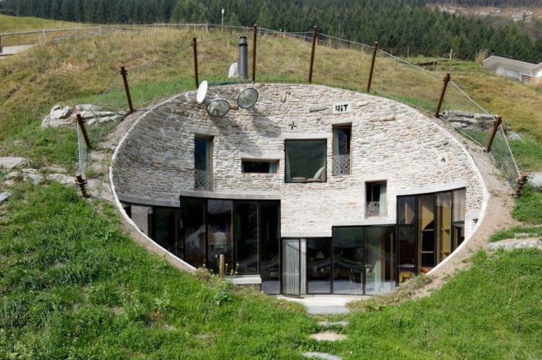 10 удивительных домов, которые очень хорошо скрыты от чужих глаз
