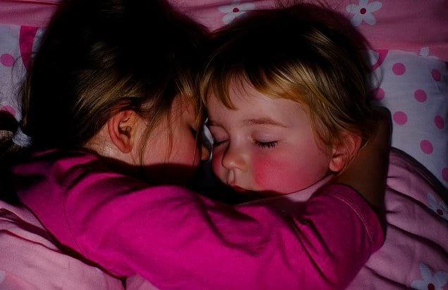 Жизнь непредсказуема. Она может вам заменить маму, подругу или быть просто сестрой в зависимости от ситуации.