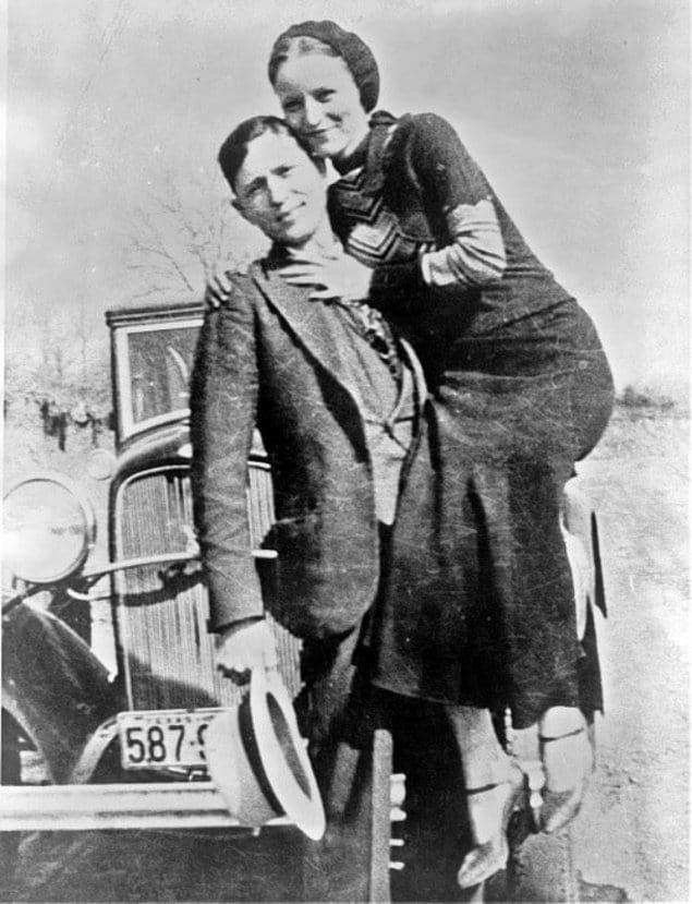 Знаменитые американские грабители Бонни и Клайд