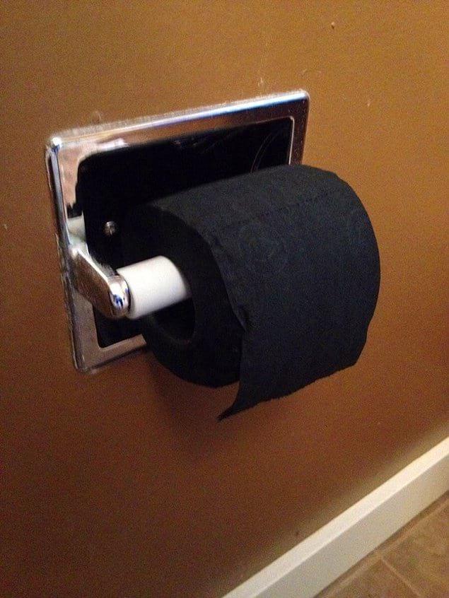 Вы когда-нибудь видели черную туалетную бумагу?