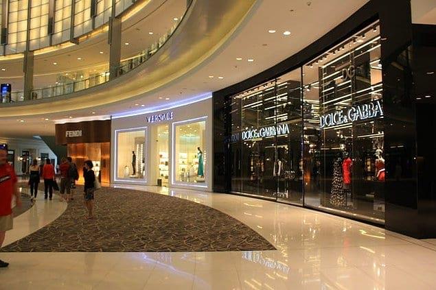 1200 дизайнерских бутиков в одном торговом центре