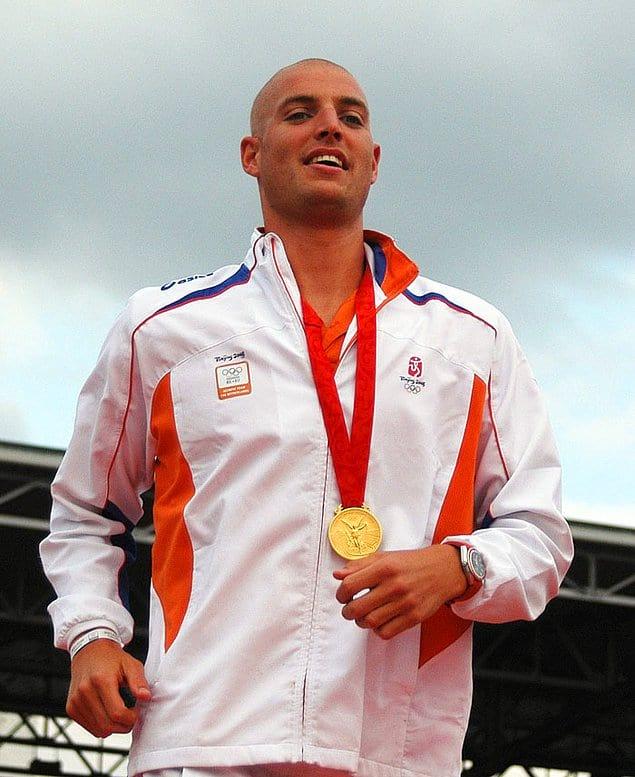 Болезнь не смогла остановить упорного и целеустремленного Ван дер Вейдена: он поборол рак и спустя 7 лет завоевал золотую медаль на Летних Олимпийских играх 2008 года в Пекине!