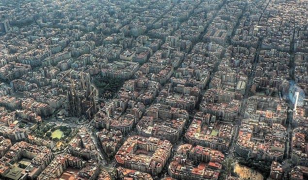 Конформизм и креативность бок о бок в Барселоне