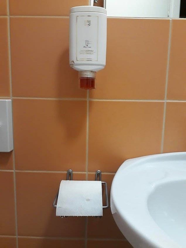 Лучшая гарантия того, что ваша туалетная бумага всегда будет в мыле...