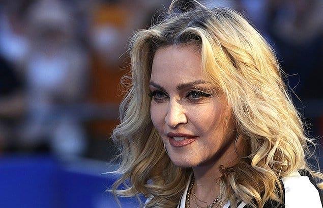 Мадонна принимала участие в многочисленных кастингах, и однажды удача улыбнулась ей...