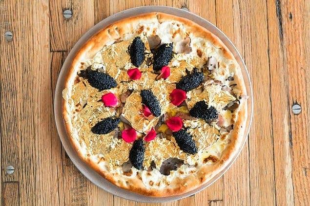 Пицца со съедобным золотом за 174.000 долларов