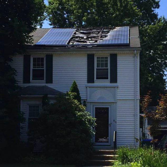 Солнечная батарея расплавилась. От Солнца. Вы чувствуете всю иронию?