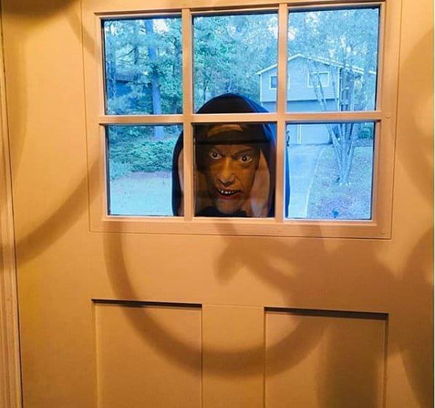 Сосед-приколист, который может свести любого в могилу!