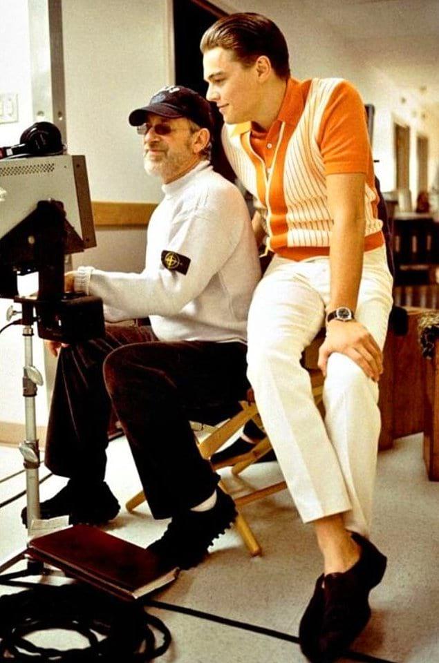 Стивен Спилберг и Леонардо Ди Каприо на съемках «Поймай меня, если сможешь», 2002 год.