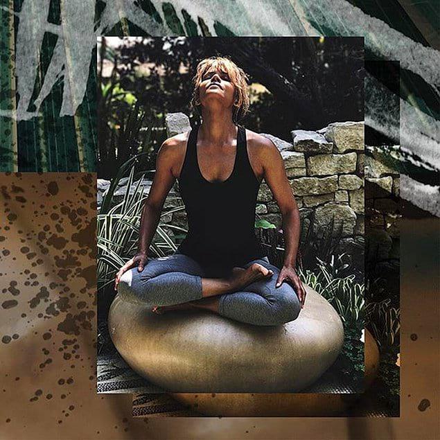 """""""У меня не бывает дня, чтобы я не медитировала""""."""