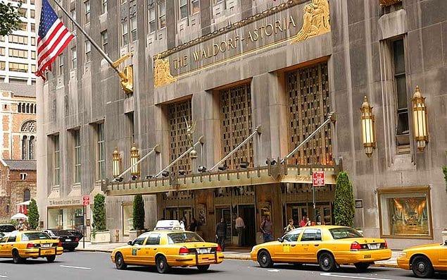 Уолдорф-Астория, отель в Нью-Йорке, США