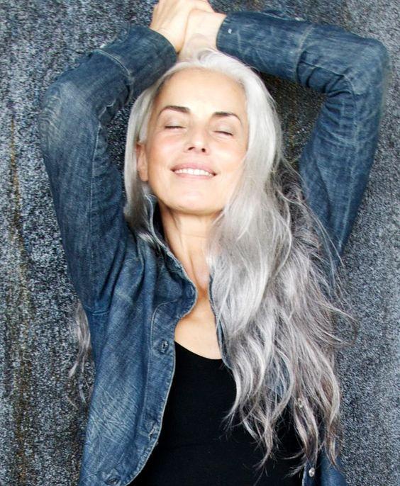 9 женщин старше 50 лет, которые способны по-настоящему вдохновить на работу над собой