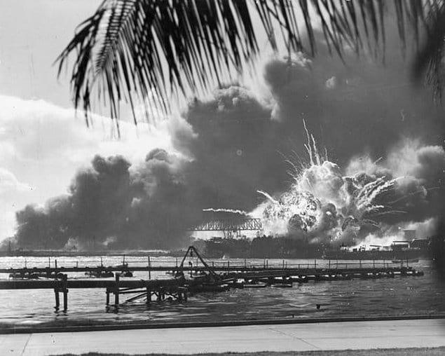 Атака на американскую базу в Пёрл-Харбор. Гавайи. 7 декабря 1941 год.