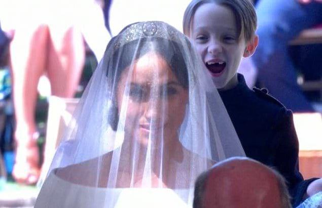 И даже королевская свадьба не обошлась без подобного рода снимков: