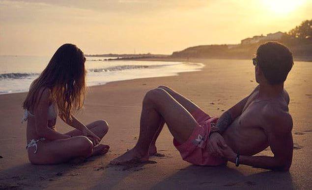 На острове, разрешающем отдых без одежды, существуют некоторые правила для туристов.