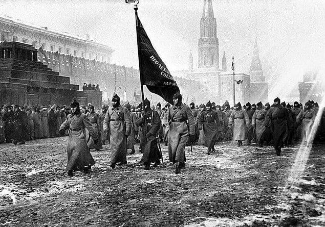 Парад на Красной площади. Москва. РСФСР. СССР. 1927 год.