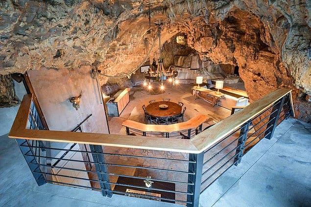 Теперь внутри пещеры находится роскошный отель.