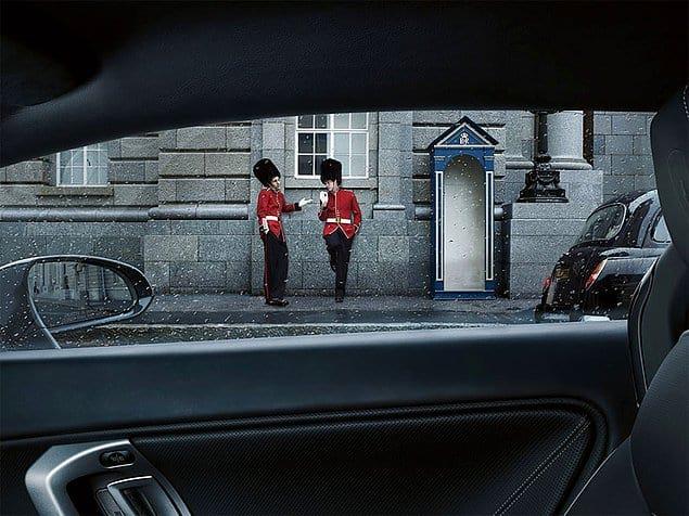 25 фото от немецкого фотографа, которые одновременно могут быть смешными, любопытными и убедительными