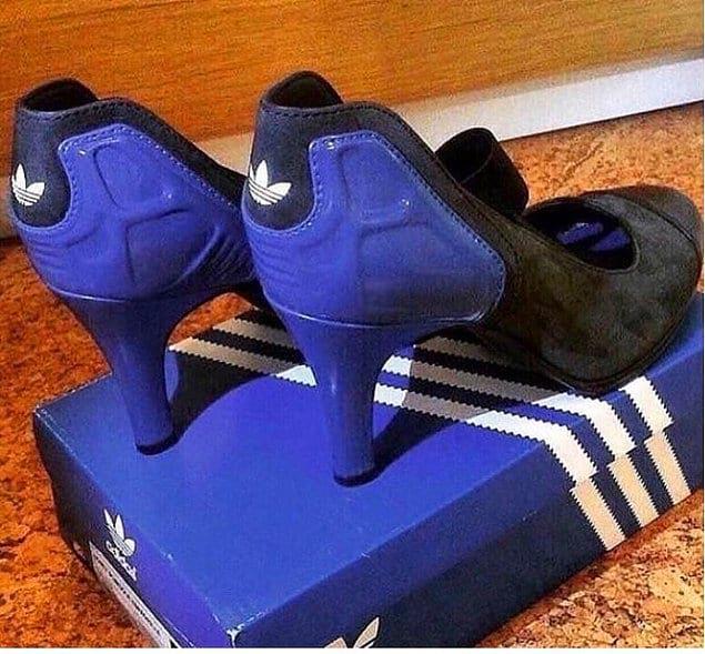 Адидасы на каблуках...