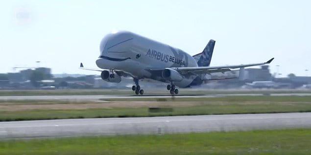 Миловидность этого самолета просто зашкаливает!