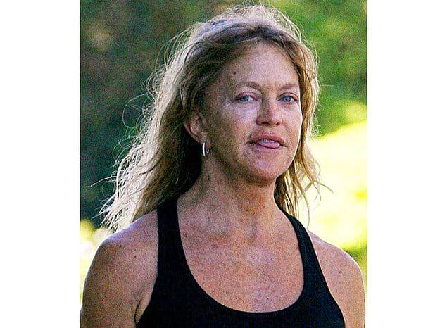 На сегодня Хоун уже далеко не так красива. Но ведь ей уже 72.