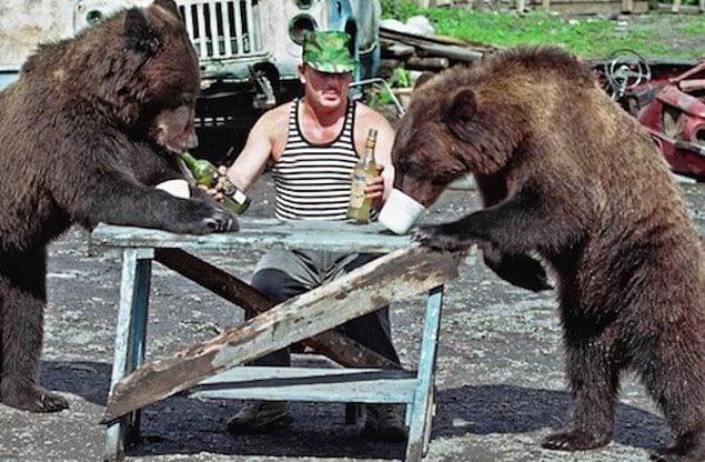Русский человек любит медведей!