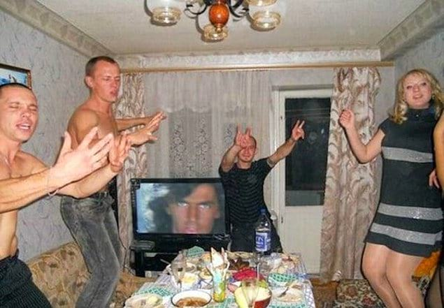 Там русский дух....