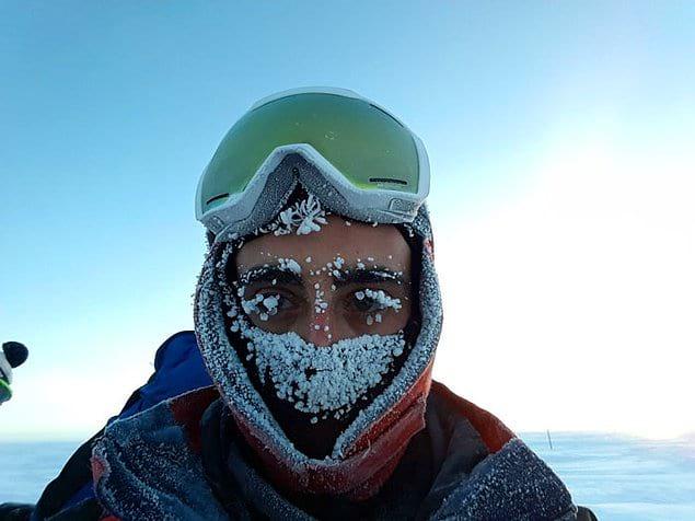 """""""Здесь так холодно, что транспорт практически не появляется. Нас 13 человек: техники, ученые, повар и доктор"""""""