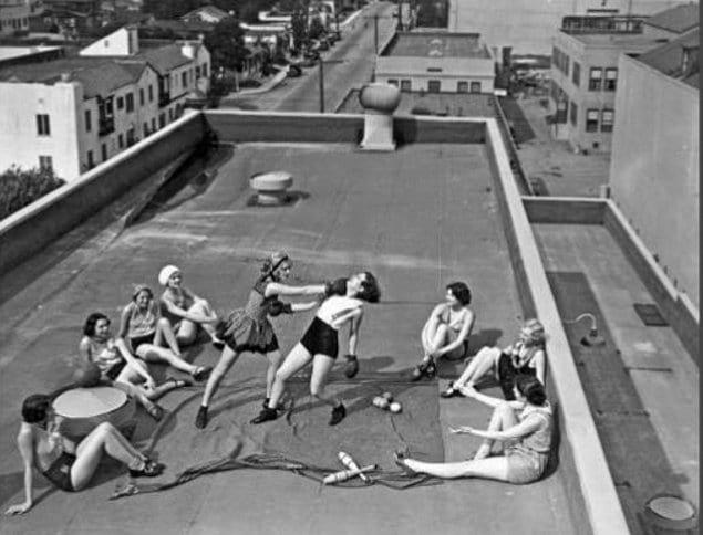 Женский бойцовский клуб на крыше