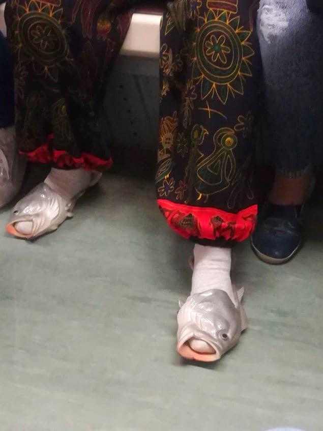 Пара обуви для любителей морской тематики...