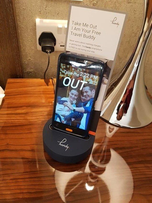 Бесплатный смартфон, которым гость может пользоваться во время проживания в этом отеле.