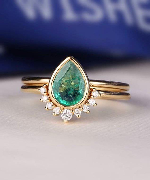 Чудо дизайна, сочетающее обручальное кольцо и красоту большого камня 😍