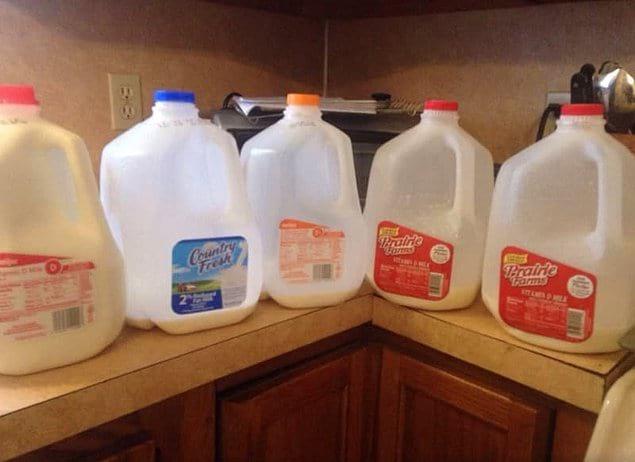 """""""Каждый раз мой благоверный покупает новое молоко, потому что старое якобы закончилось!"""""""