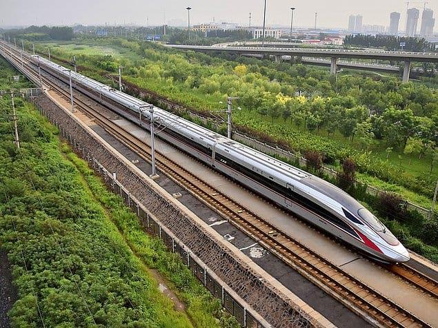 Китайские железнодорожные пути настолько длинные, что могут дважды окружить всю Землю