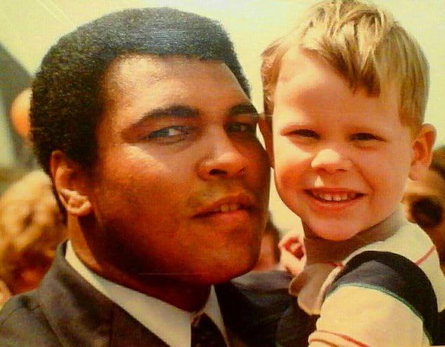 «Мы с мамой были на одном спортивном событии, когда я был маленьким. Рядом с нами оказался Мохаммед Али»