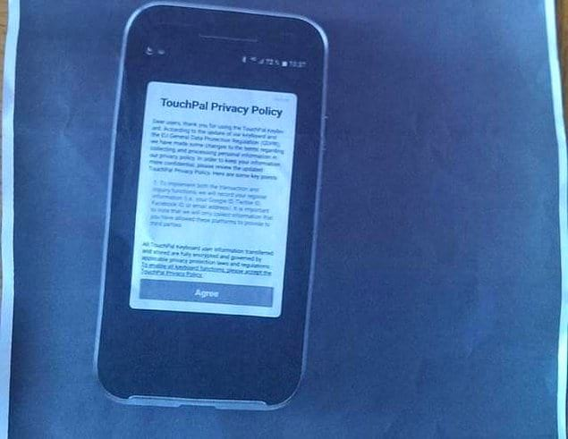 """""""Скриншот с точки зрения моей мамы: отсканировать телефон и напечатать скан на бумаге"""""""
