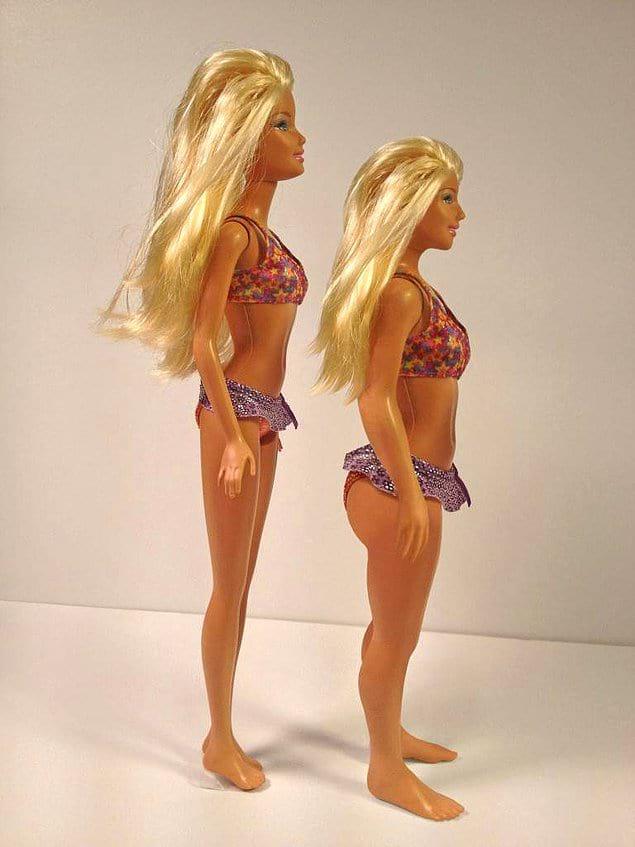 Кукла Барби в сравнении с куклой с обычными параметрами 19-летней девушки