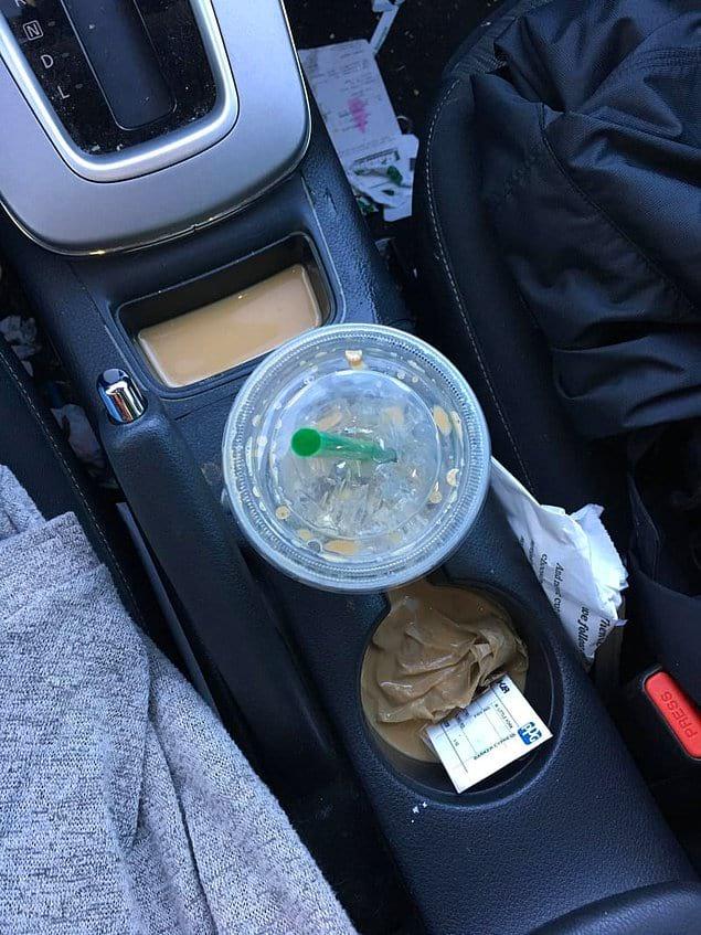 Причина не пить кофе в дороге № 156