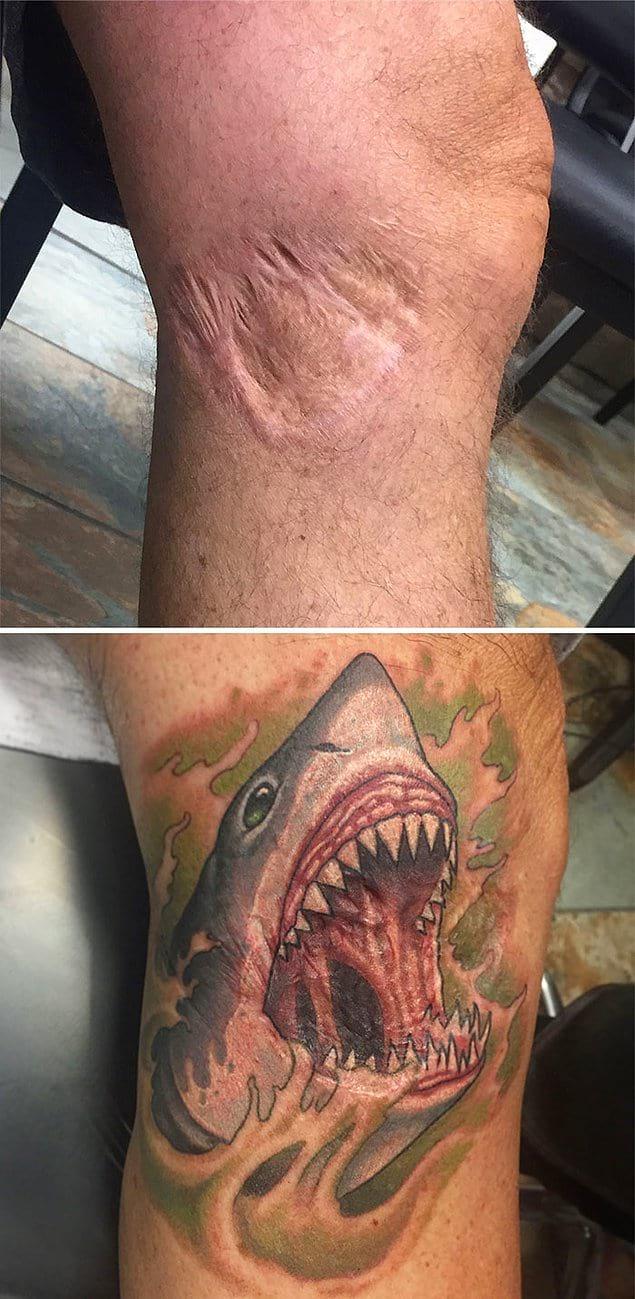 Страшная татуировка на фоне страшного шрама