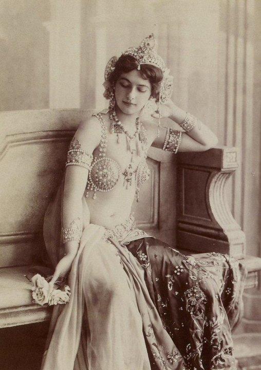 30 уникальных архивных фотографий, которые заставят по-другому взглянуть на прошлое