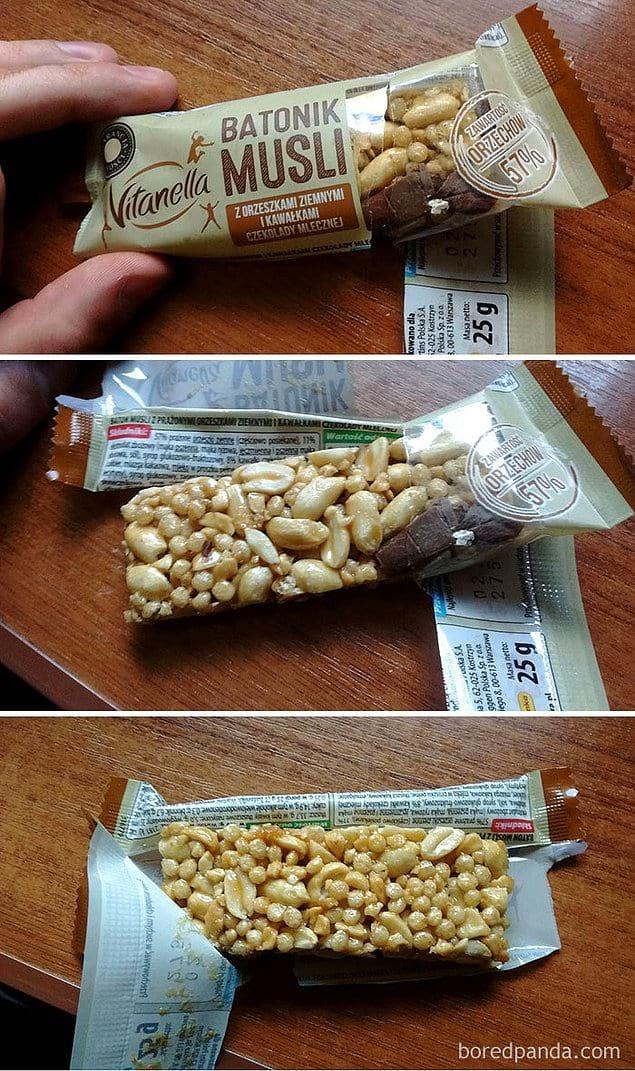 Кусочки шоколада в этом батончике-мюсли есть только на видимой части упаковки